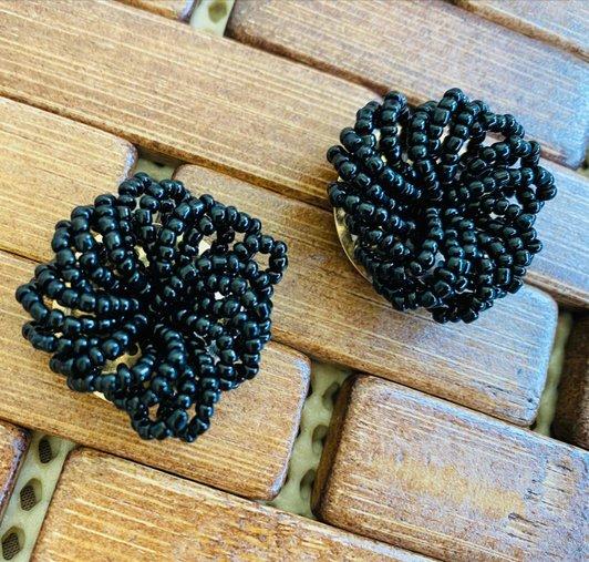 Brinco Miçanga Black - Bijuh Moderna